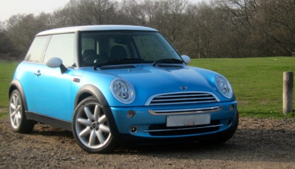 Kate's new Mini Cooper, with the help of The Car Expert