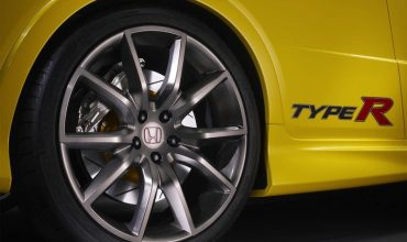 Do big alloy wheels crack more easily?