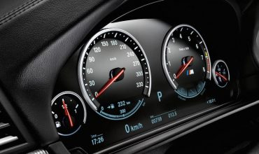 How accurate is a car speedometer compared to satnav?