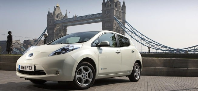 Nissan-LEAF-in-London