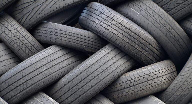 Budget tyres vs premium tyres