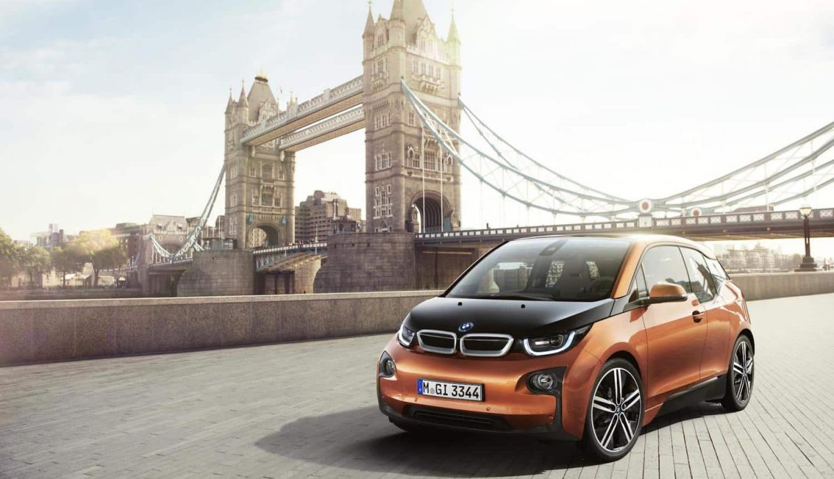 BMW i3 in front of Tower Bridge in London