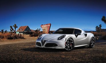 Alfa Romeo 4C coupe launch edition (The Car Expert)