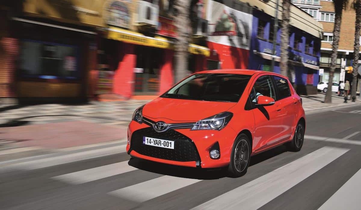 Toyota-Yaris-review-featured