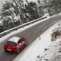 Alfa Romeo Giulietta winter driving in snow