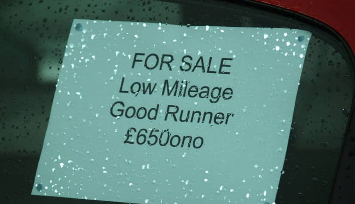 Car for sale sign, for selling your car privately