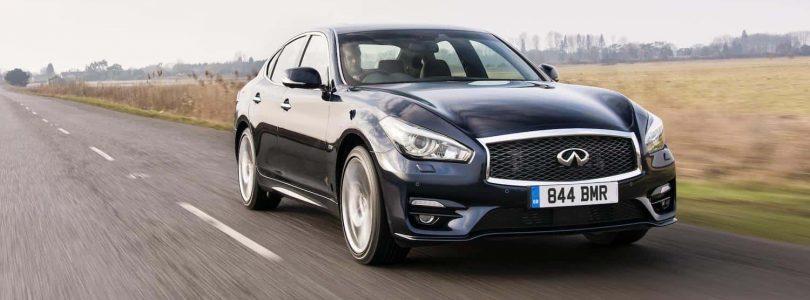Infiniti Q70 review (The Car Expert)