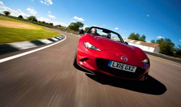 Mazda MX-5 review (The Car Expert)