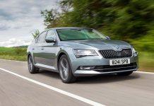 Skoda Superb review (The Car Expert)