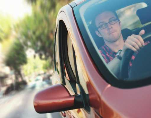 Learner drivers had 415 accidents during their driving tests in 2014