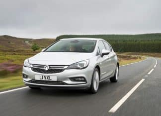 Vauxhall Astra review 2015 (The Car Expert)