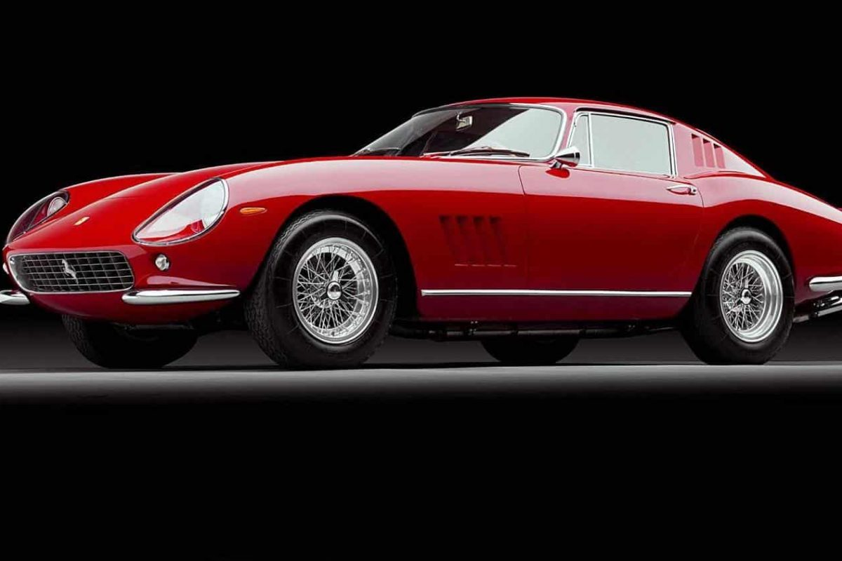 Ferrari 275 GTB/4 - one of the sexiest cars of the 1960s