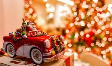 Santa_Christmas_car