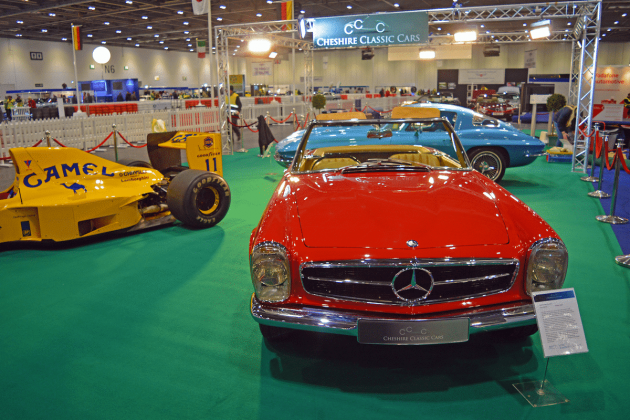 Mercedes-Benz Pagoda SL at the 2016 London Classic Car Show