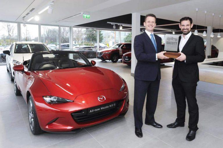 Mazda MX-5 leads the field in UK poll