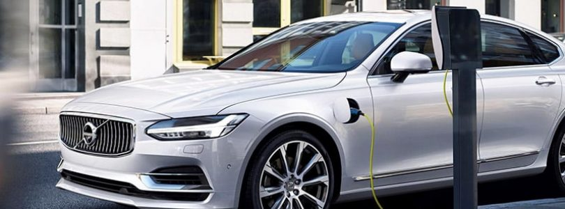 Volvo launches bid for million electrics