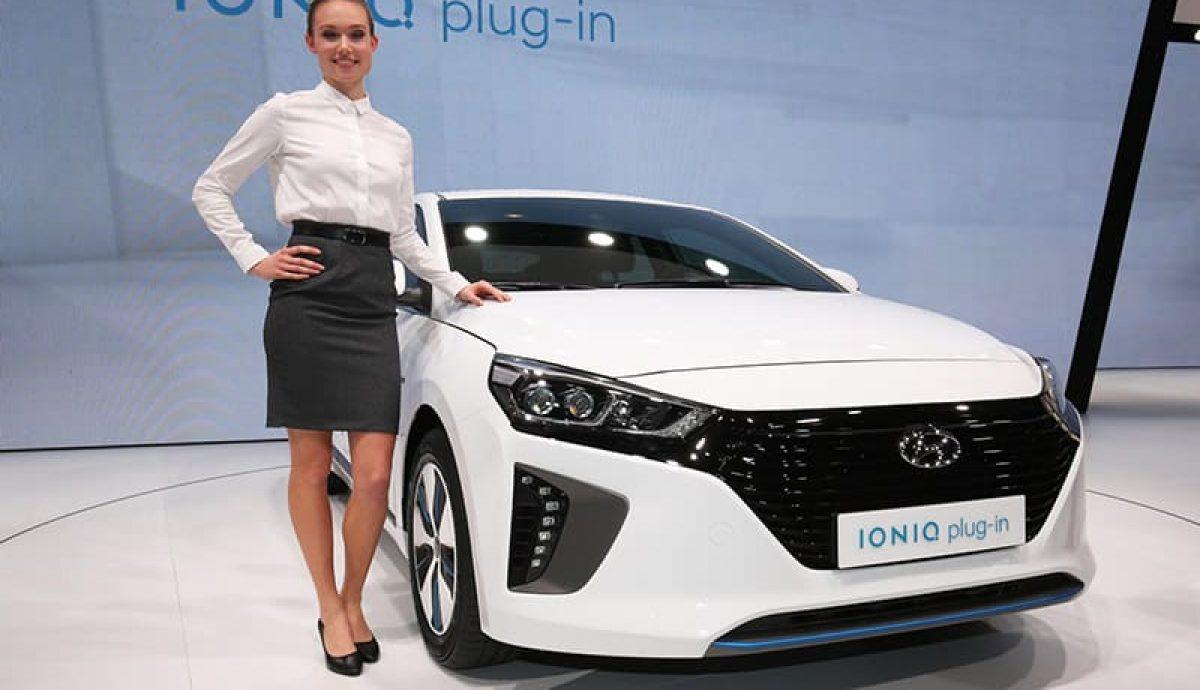Hyundai prices Ioniq electric trio from £20K