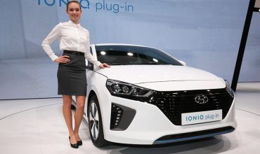 Hyundai prices Ioniq electric trio from £20K