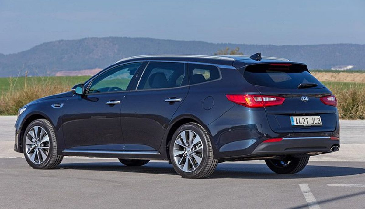 Kia Optima Sportswagon 01