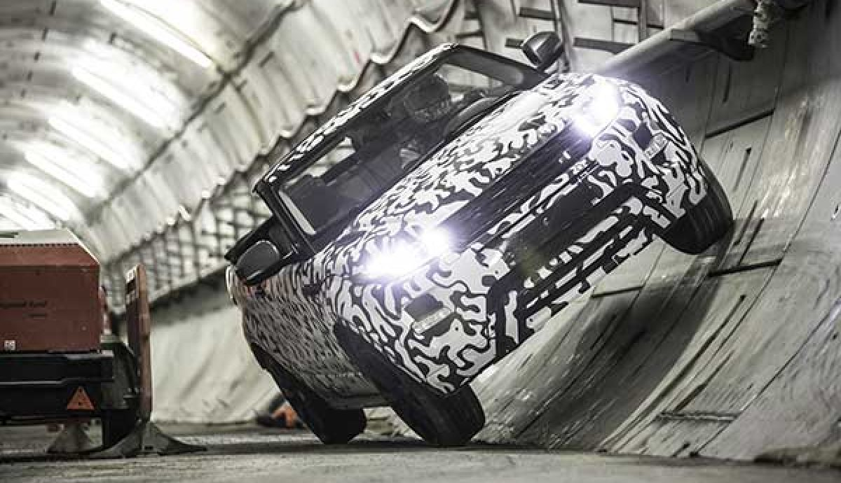 Land Rover to build roofless Evoque