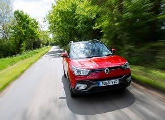 SsangYong Tivoli XLV review 2016 (The Car Expert)