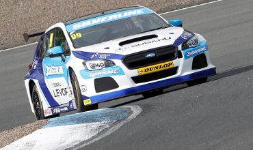 Subaru scores first in Scottish BTCC thriller