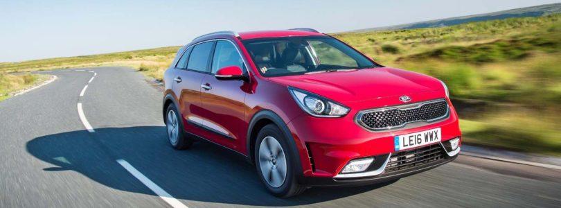 Kia Niro review 2016 (The Car Expert)