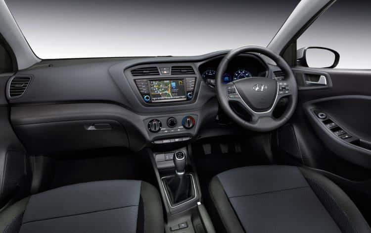 Hyundai 120 Turbo Edition, The Car Expert, interior