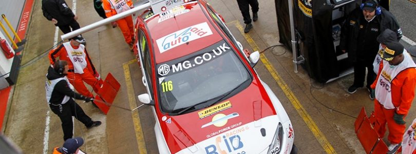 MG puts Touring Car title chasers in shade