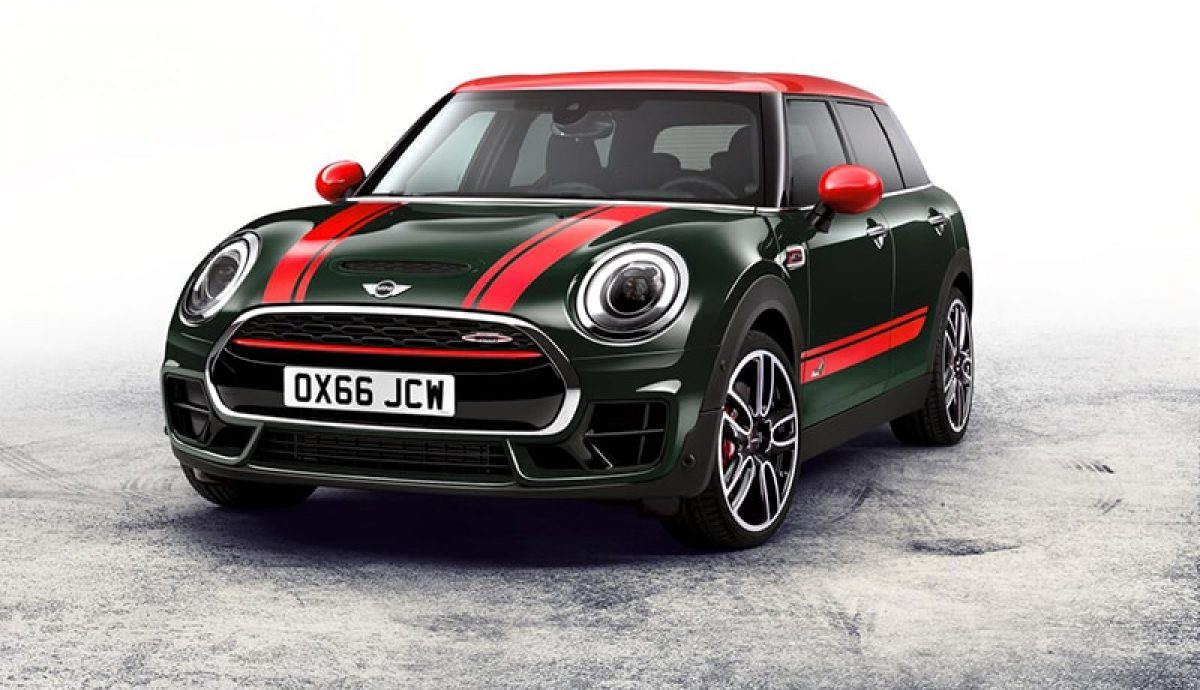 MINI Works Clubman powers into Paris