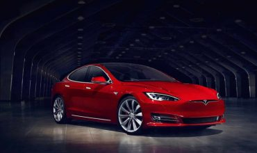 Tesla Model S review (The Car Expert)