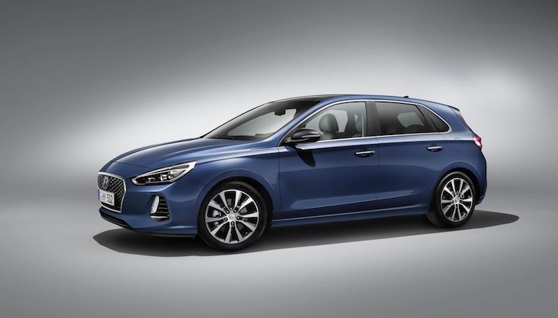 Hyundai i30 exterior 01
