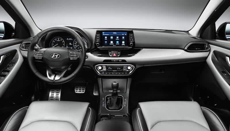 Hyundai i30 interior 02