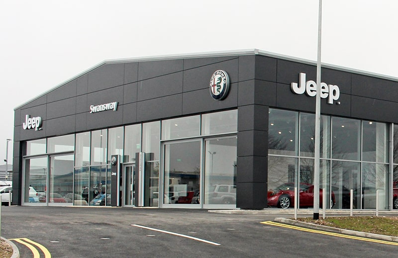 Jeep dealers are getting a new look, often shared with Alfa Romeo outlets.