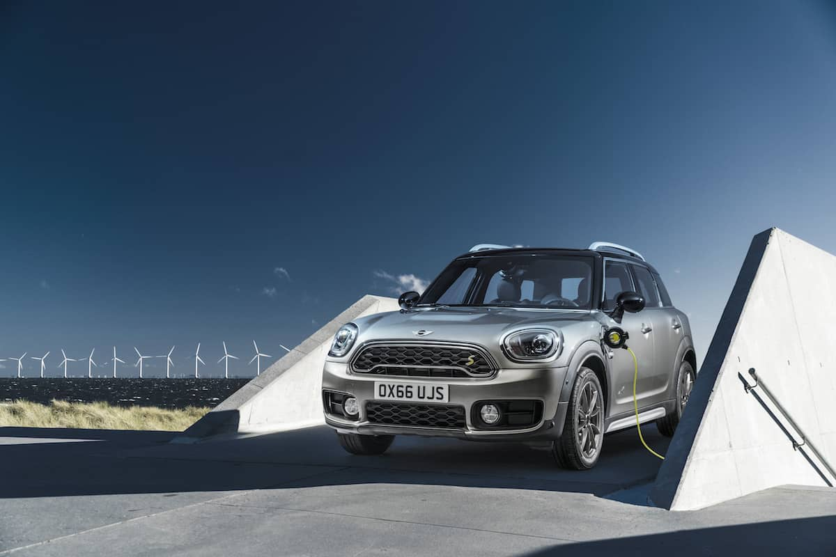 MINI Countryman plug-in hybrid 03