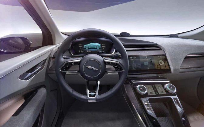 Jaguar I-Pace dashboard