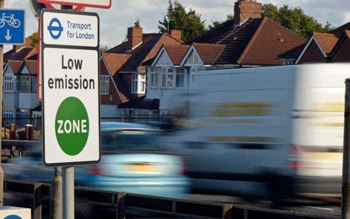 London low emission zone bans older diesel trucks