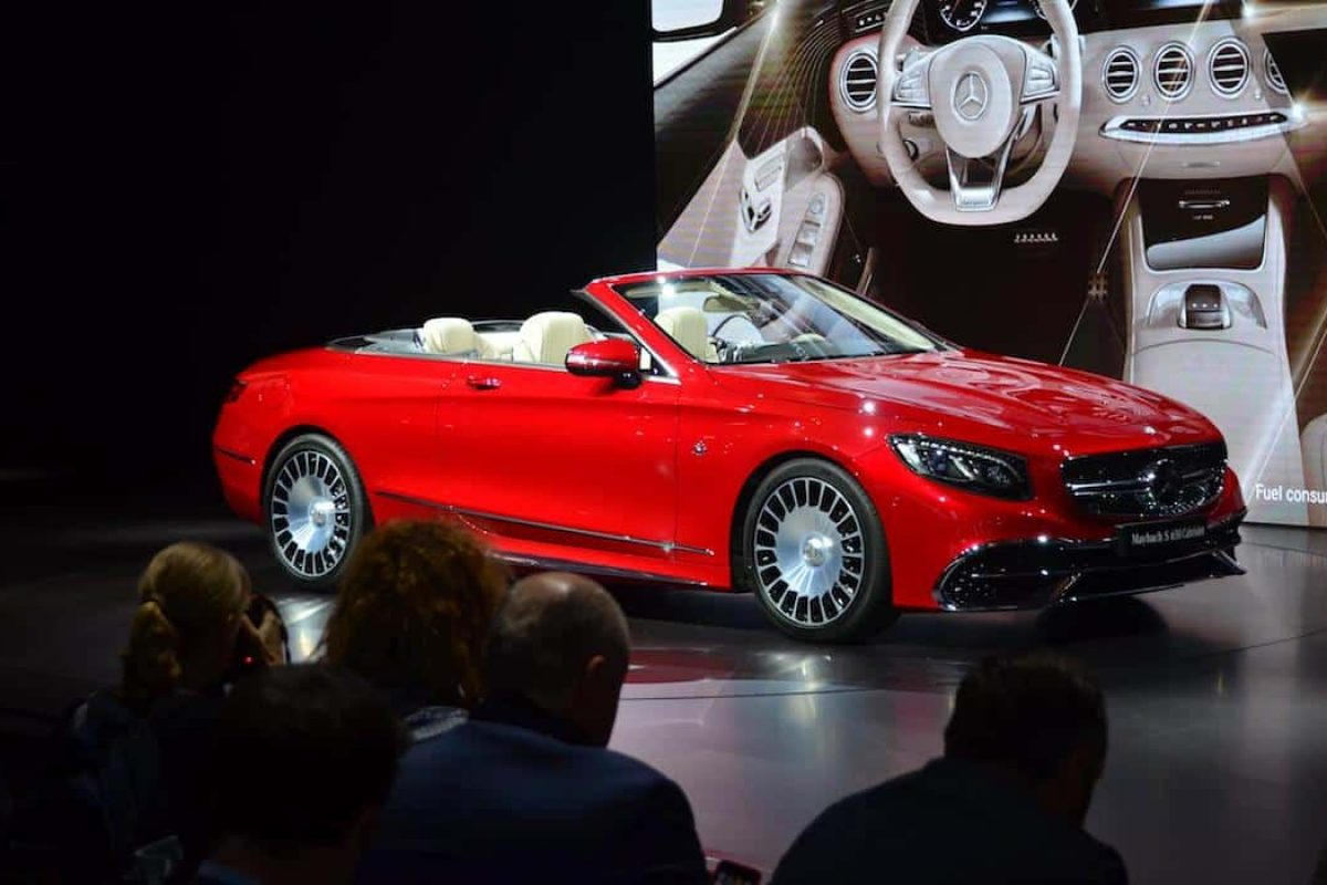 Mercedes-Maybach S 650 Cabriolet at the LA Auto Show 2016