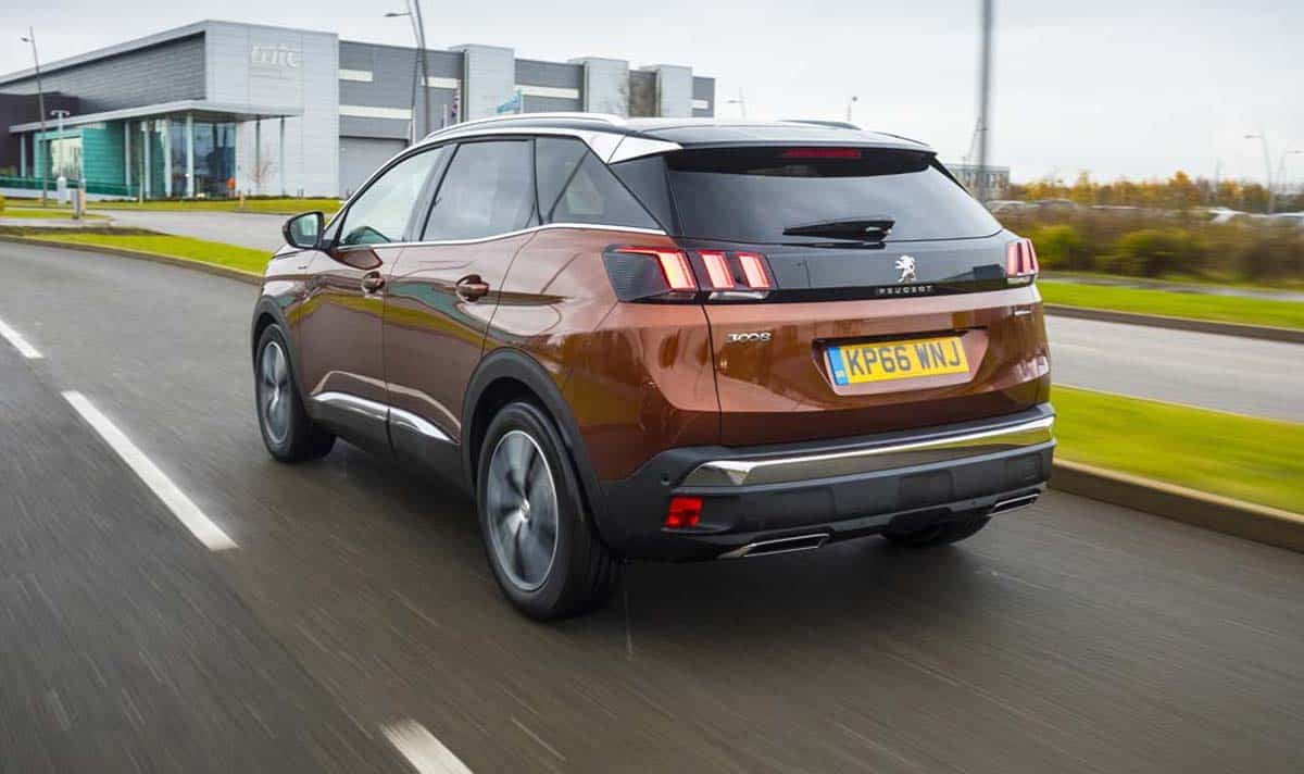 Peugeot 3008 SUV review 2016 (The Car Expert)