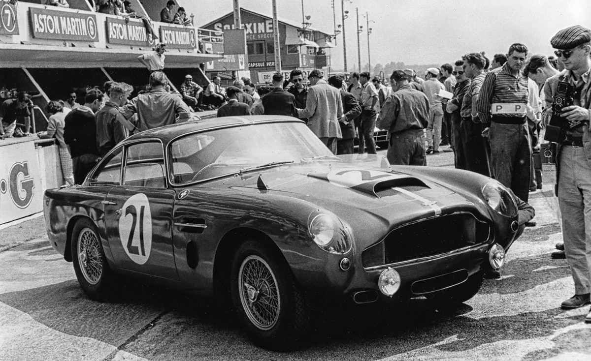 Aston-Martin-DB4-G-T-pagnell