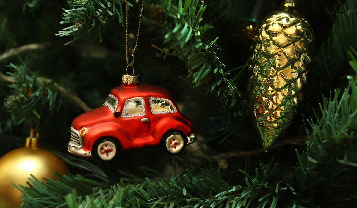 Car Christmas.Christmas Bargains For Clever Car Buyers Buying A Car