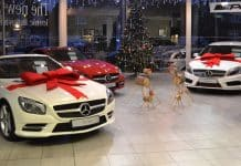 Mercedes-Benz dealer at Christmas