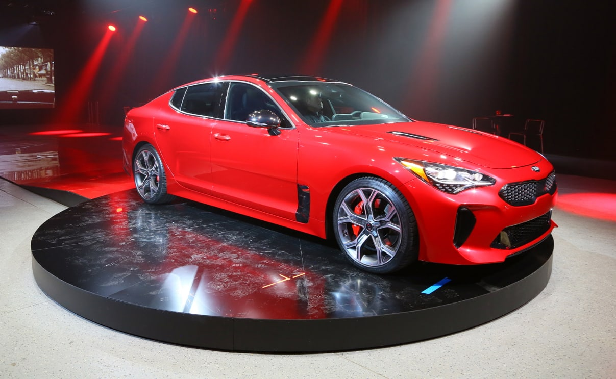 Detroit Show Kia Stinger Targets The Germans News The