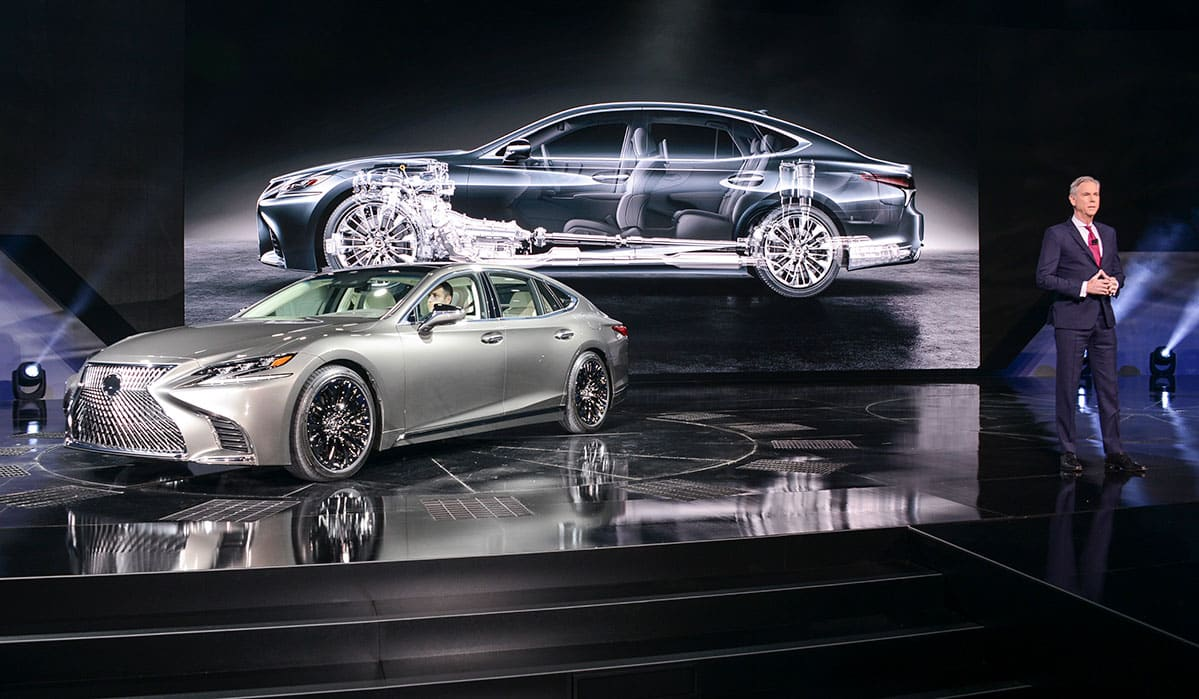 Lexus LS 02