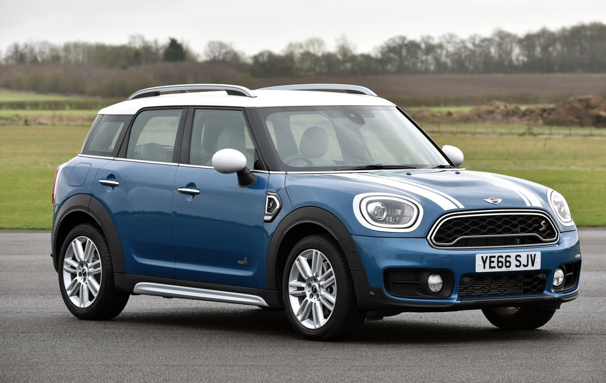 1701-MINI-Countryman-2017-01