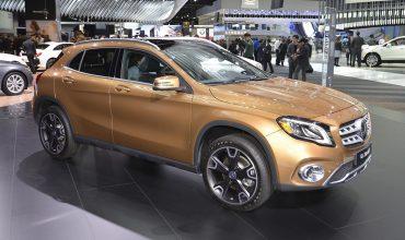 Mercedes-Benz GLA 01