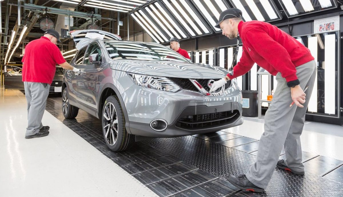 UK car companies built more than 1.7 million cars in 2016