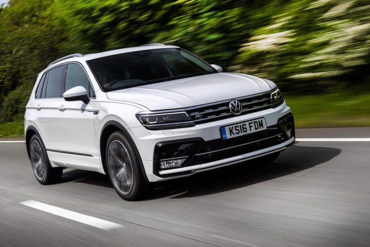 https://www.thecarexpert.co.uk/wp-content/uploads/2017/01/Volkswagen-Tiguan-review-featured-1200x800.jpg
