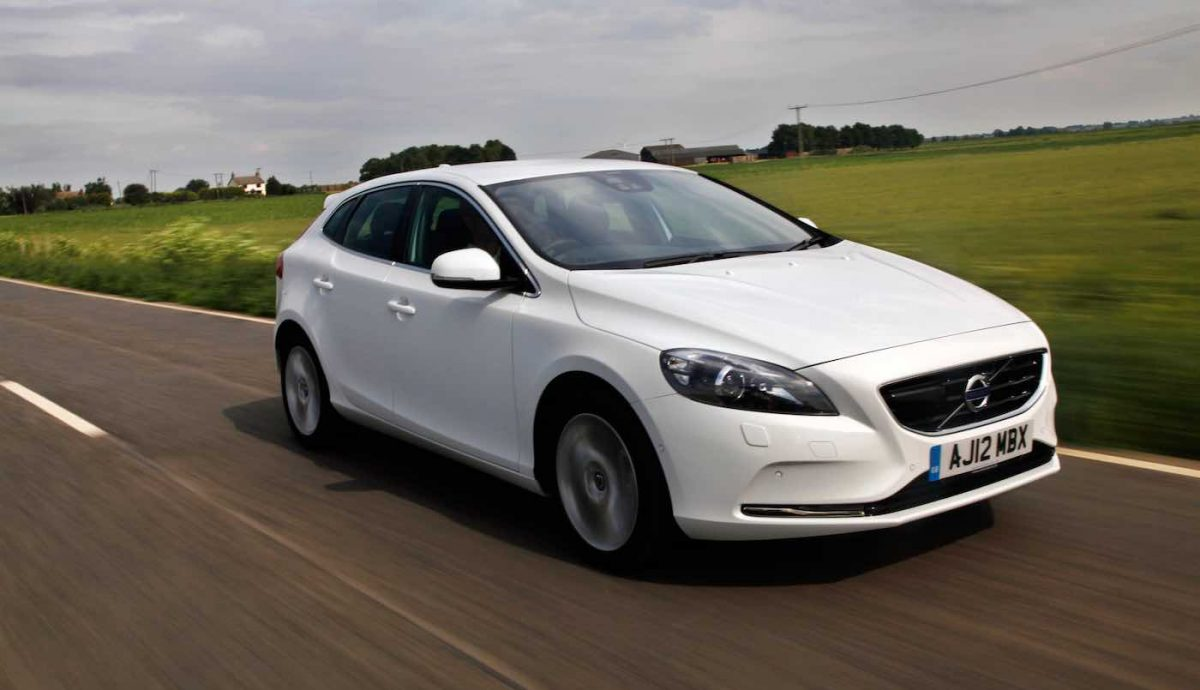 Volvo V40 review (The Car Expert)