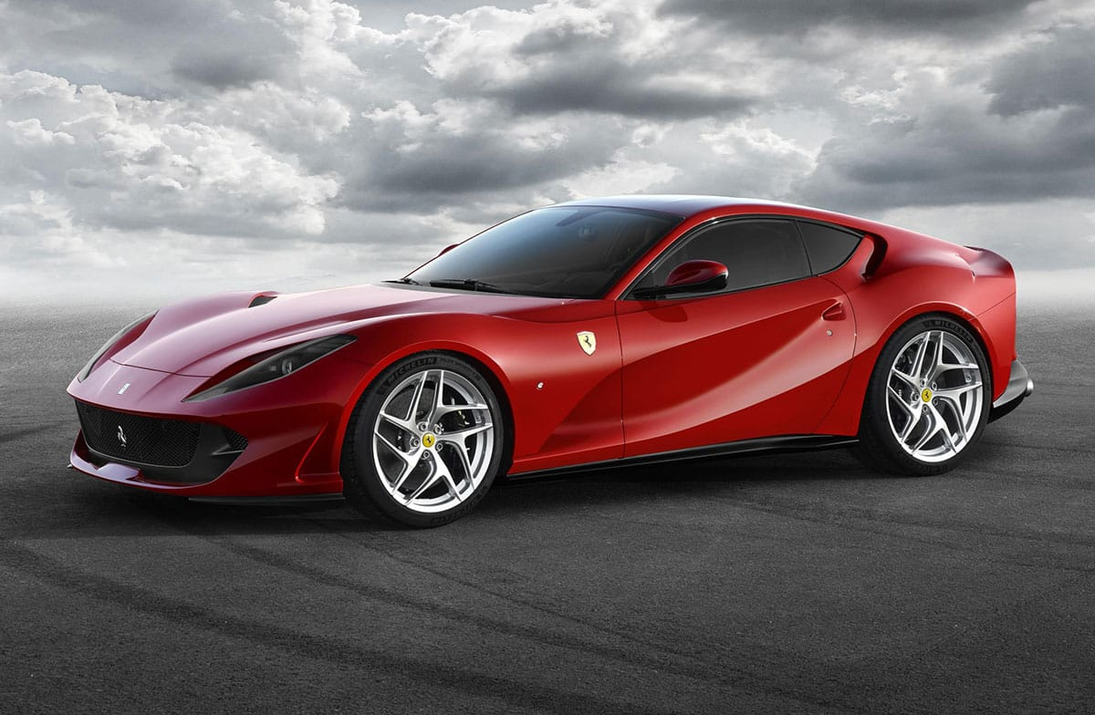1702-Ferrari-812Superfast_1